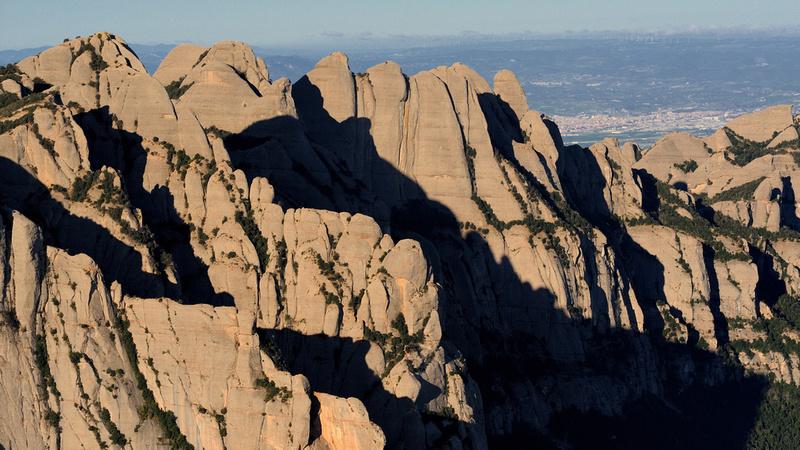 Parets de la N de Montserrat